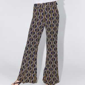FLARED CHAIN LINK PRINT PANTS with CIRCLE BELT